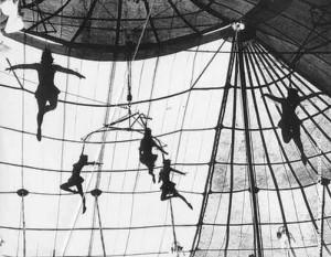 """El Circo de Macondo"" - Leo Matiz festménye"