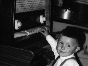 A nagymamám Pacsirta rádiója, és az unokatestvérem: Anti